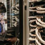 Panne mondiale de serveurs et recherche de solutions